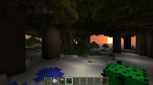 http://img.niceminecraft.net/Mods/Huge-Trees-are-Huge-Mod-1.png