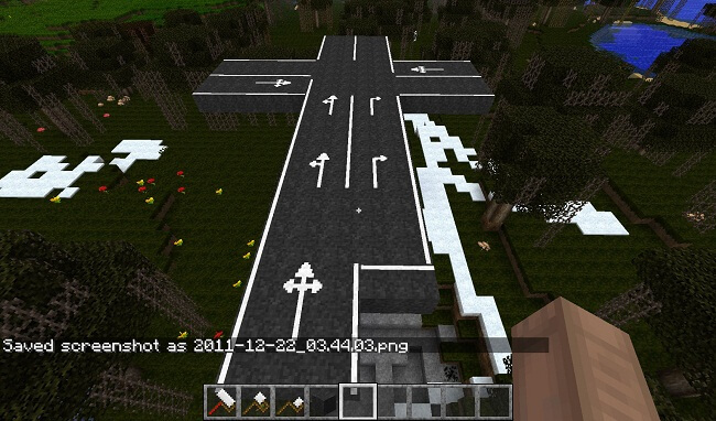http://img.niceminecraft.net/Mods/RoadWorks-Mod-2.jpg