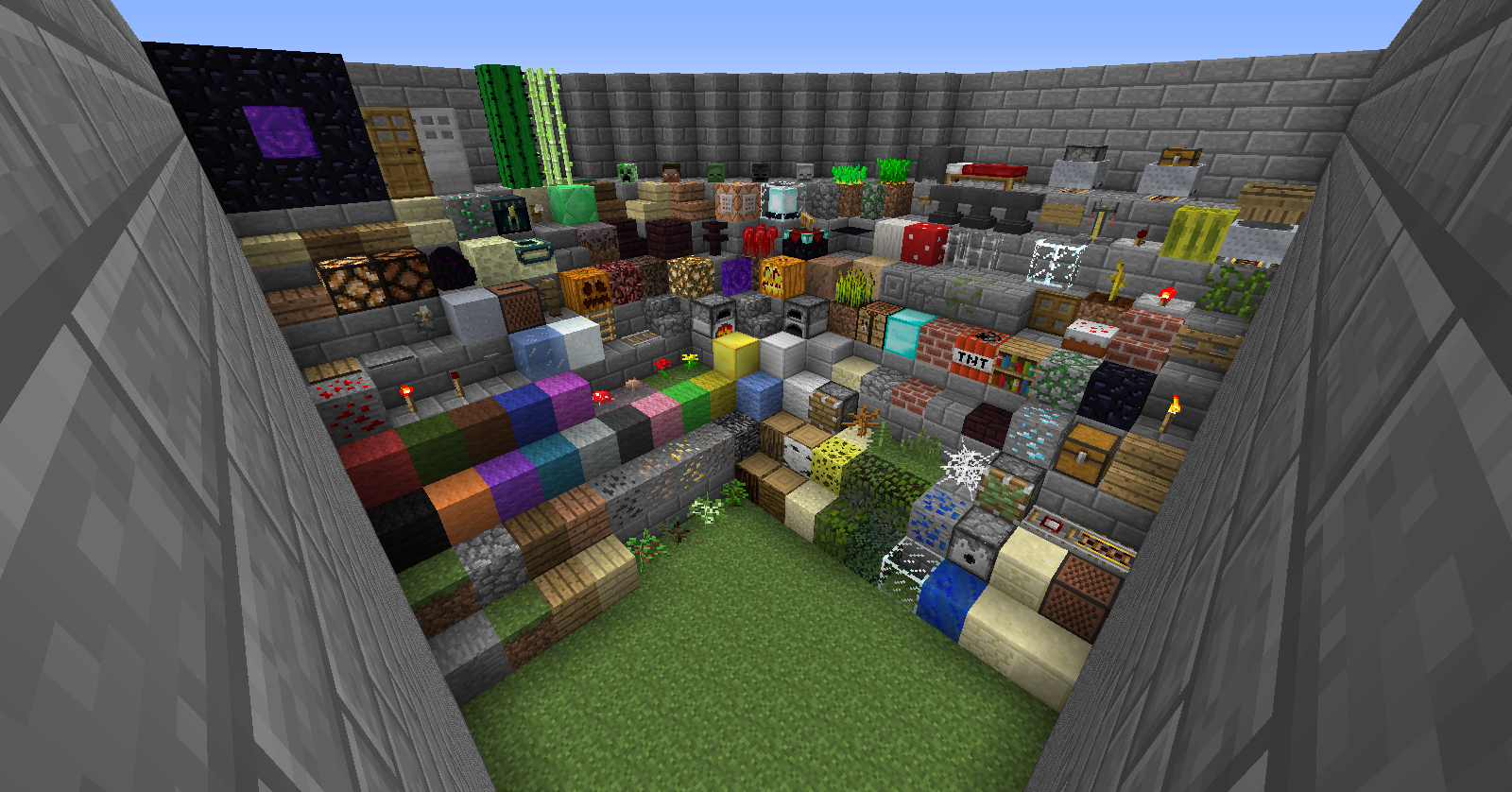 http://img.niceminecraft.net/TexturePack/Vanilla-animation-texture-pack-1.png